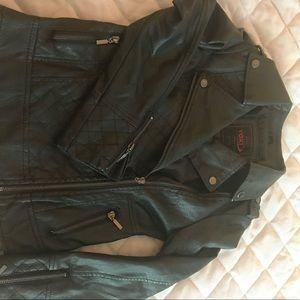 Black leather girls Yoki biker jacket (size 7)